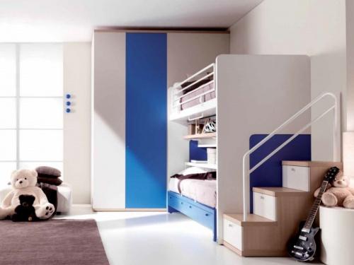 Cabina armadio lineare Kubo 4 Doimo Cityline bianca e blu